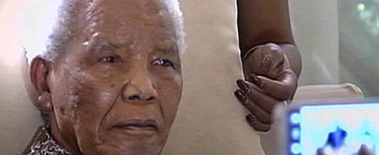 Nelson Mandela komunikuje się tylko ruchami ciała